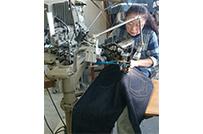 ジーンズ縫製工場