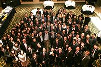 年に1度、全拠点が集まり<br />社員総会を実施