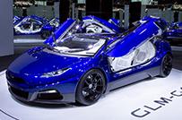 パリモーターショーで披露した<br />EVスーパーカー