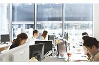 オフィス風景、よいものづくりを<br />するために切磋琢磨